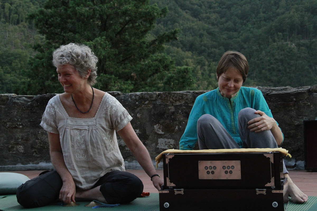 restorative-retreat-kirtan
