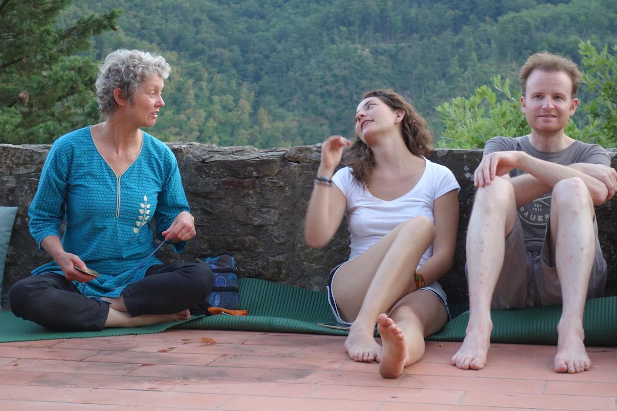 restorative-retreat-prepare-to-meditate-2